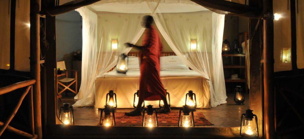 Luxus-Zelt bei Nacht